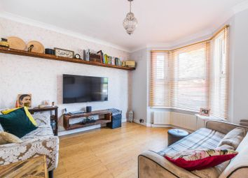 3 bed property for sale in Glen Road, Walthamstow, London E17