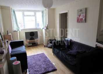 Thumbnail Room to rent in Corporation Road, Gillingham