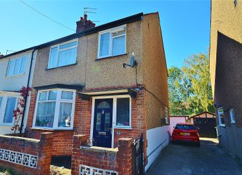 3 bed shared accommodation to rent in Greatham Road, Bushey, Hertfordshire WD23