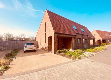 Meadlands Mews, Derwenthorpe, York YO31. 2 bed semi-detached house for sale
