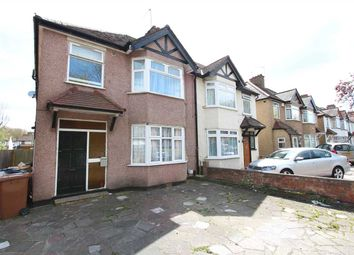 Thumbnail Flat to rent in Buckingham Road, Canons Park, Edgware