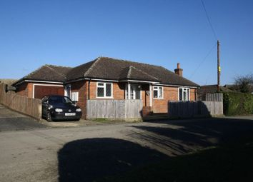 Thumbnail 2 bedroom detached bungalow to rent in Green Street, Hazlemere, High Wycombe