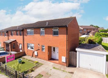 Thumbnail 4 bed town house for sale in North Lane, Oulton, Leeds