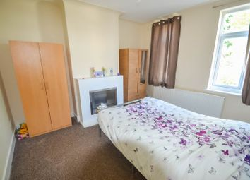 Thumbnail 5 bed flat to rent in Lodge Avenue, Dagenham