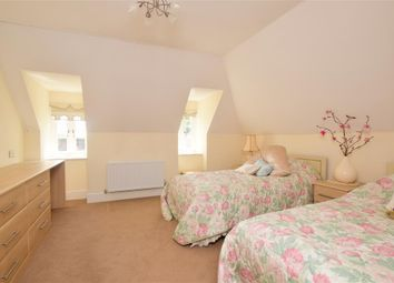 Thumbnail 3 bed detached house for sale in Oak Croft, Bearsted, Kent