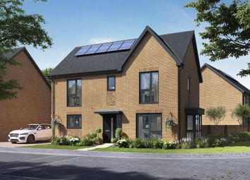 4 bed detached house for sale in London Road, West Thurrock, Grays RM20