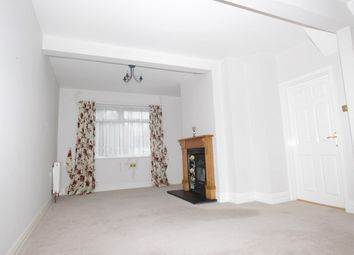 3 bed maisonette to rent in Maidstone Road, London N11