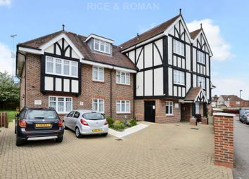 Thumbnail 2 bed flat for sale in Green Lane, Worcester Park