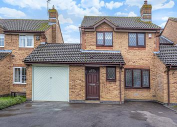 Thumbnail 3 bed link-detached house to rent in Ravencroft, Bicester