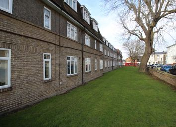 Thumbnail 2 bed flat to rent in Park Court, Park Hall Road, London