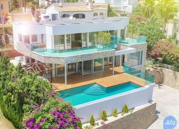 Thumbnail 3 bed villa for sale in Carrer Conde De Altea, 14, 03710 Calp, Alicante, Spain