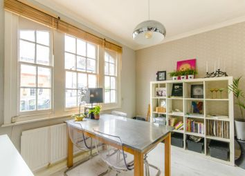 Thumbnail 2 bedroom cottage for sale in Green Road, Whetstone, London
