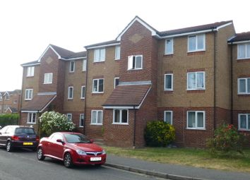 Thumbnail 1 bed flat to rent in Express Drive, Goodmayes