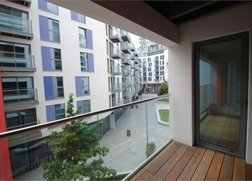 Thumbnail 2 bedroom flat for sale in 3 Saffron Central Square, Croydon, Surrey