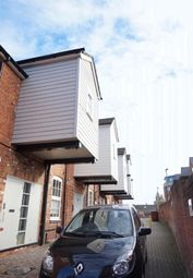 Thumbnail 1 bed flat for sale in London Street, Reading