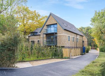 Pine Rise, Dean Court Road, Off Cumnor Hill, Oxford OX2. 2 bed flat for sale