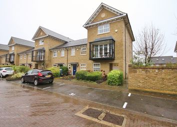 4 bed town house for sale in Reliance Way, Oxford OX4