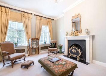 Thumbnail 3 bedroom flat to rent in Upper Brook Street, Mayfair, London