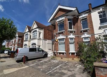 Melrose Avenue, Willesden Green NW2. 3 bed flat