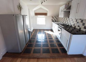 Thumbnail 1 bed town house to rent in Comun Road London, Clapham Junction