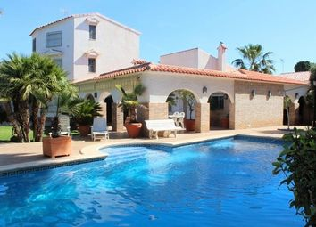 Thumbnail 6 bed villa for sale in Spain, Valencia, Alicante, La Zenia