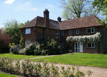 Thumbnail 5 bedroom country house to rent in Common Road, Studham, Dunstable