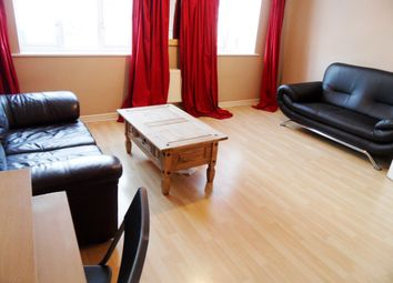 Thumbnail 3 bed flat to rent in Woborn Close, London