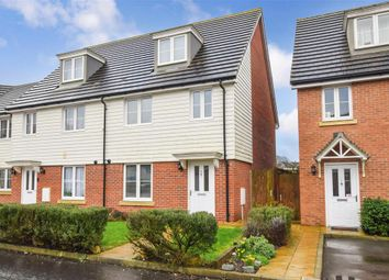 4 bed town house for sale in Redstart Avenue, Maidstone, Kent ME15