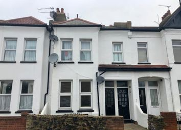 Thumbnail 2 bedroom flat for sale in Southend-On-Sea, ., Essex