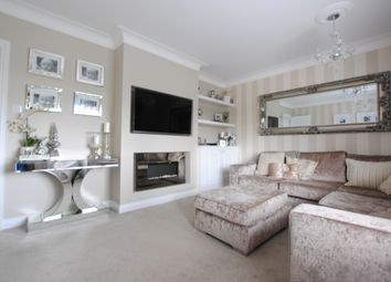 Thumbnail 3 bed flat for sale in Beechwood Avenue, Coulsdon, Surrey
