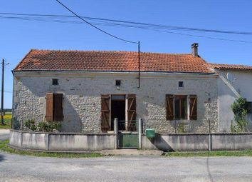 Thumbnail 3 bed country house for sale in 79110 Chef-Boutonne, France