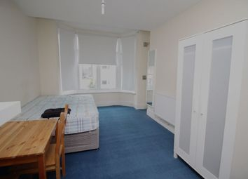 Thumbnail Studio to rent in Addison Road, London
