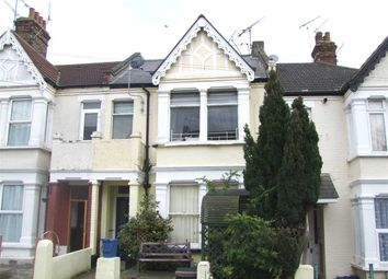 Thumbnail 1 bedroom flat to rent in Retreat Road, Westcliff-On-Sea