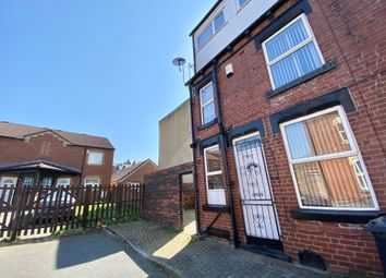 Thumbnail 3 bed property to rent in Harold View, Hyde Park, Leeds