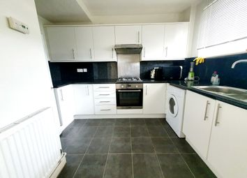 Thumbnail 3 bed flat to rent in Burbage Close, Borough