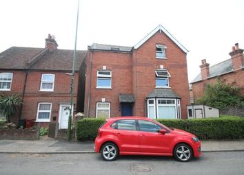 Thumbnail 2 bedroom flat to rent in Petersfield Road, Midhurst