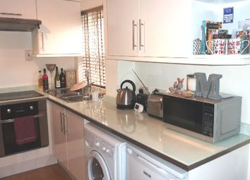 Thumbnail 1 bed flat to rent in Hillmarton Road, London