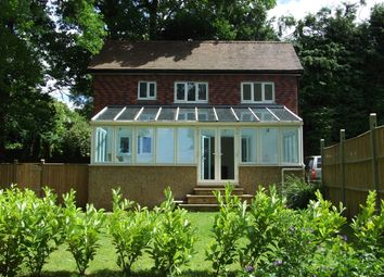 Thumbnail 1 bed detached house to rent in Waterhouse Lane, Kingswood, Tadworth