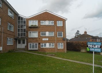 Thumbnail 3 bedroom flat to rent in Sunningdale Road, Yeovil
