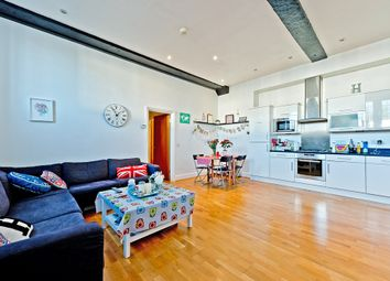 Thumbnail 2 bed flat to rent in Reigate Road, Ewell