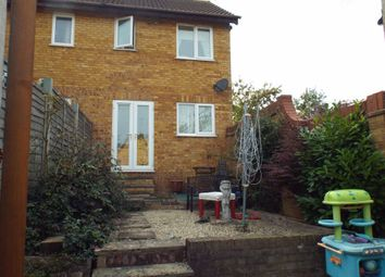 Thumbnail 2 bed property to rent in Woodstock, Knebworth