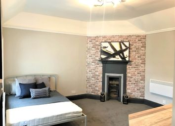 Room to rent in Park Crescent, Wolverhampton, West Midlands WV1