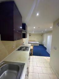 Cranbrook Road, Ilford IG1. Studio to rent