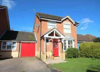 Thumbnail 3 bed detached house for sale in Wagtail Close, Horsham