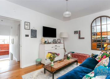 2 bed maisonette for sale in Crouch Hill, Crouch End, London N8