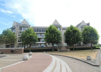 2 bed flat for sale in The Boulevard, Greenhithe DA9