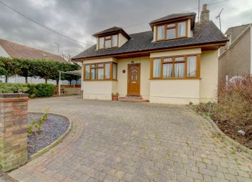 Thumbnail 4 bed detached house for sale in Broad Oak Way, Rayleigh