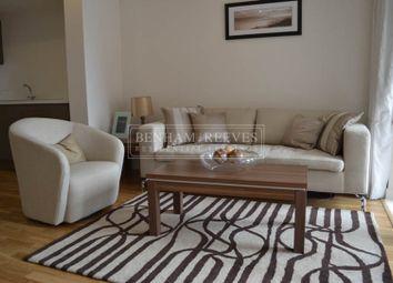 2 bed flat to rent in Battersea Park Road, Nine Elms SW11
