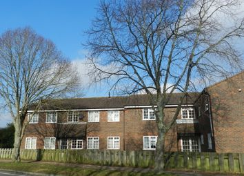 Thumbnail 1 bed flat to rent in Burbeach Close, Crawley