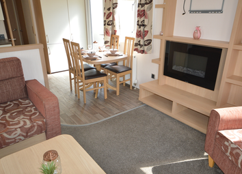 2 bed property for sale in Dymchurch Road, New Romney TN28